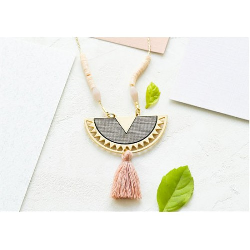 Collier Surinam rose