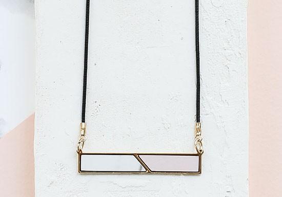 Collier Oblique rose