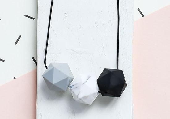 Sautoir Mendini noir