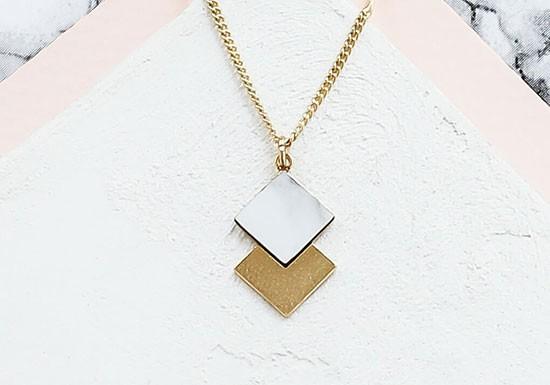 Collier Prisma marbre