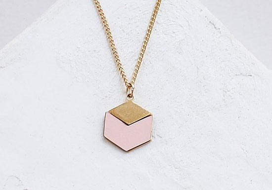 Collier Cube rose