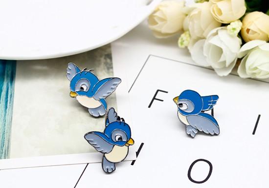 Pin's 3 oiseaux