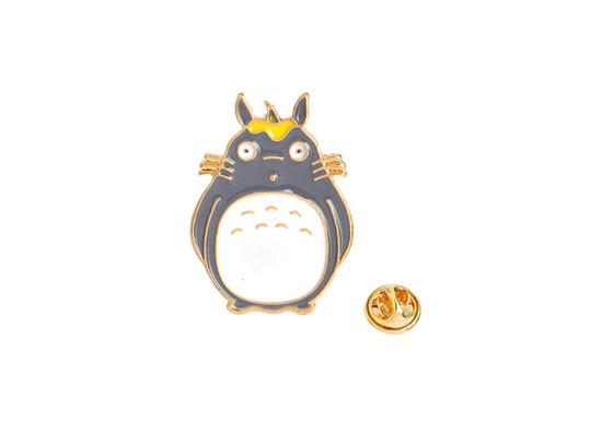 Pin's Totoro (4 modèles au choix)