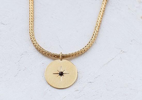 Collier Spark médaillon noir