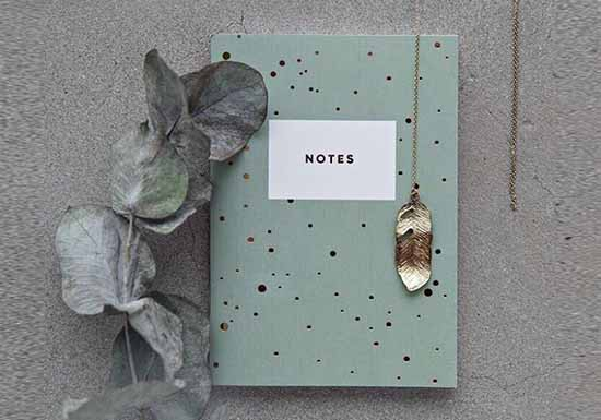 Carnet Green with dots