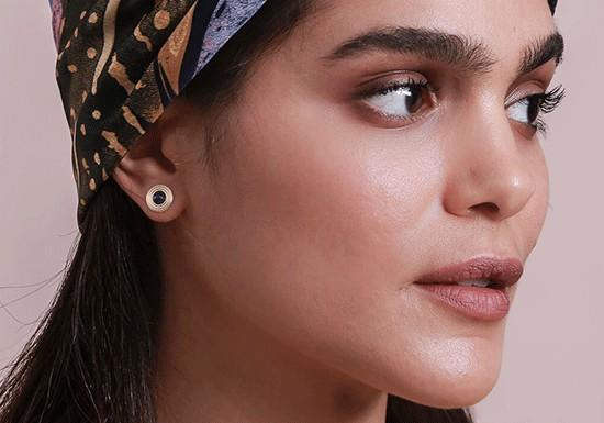 Boucles d'oreilles Nia post (coloris au choix)