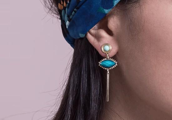 Boucles d'oreilles Nia ( coloris au choix)