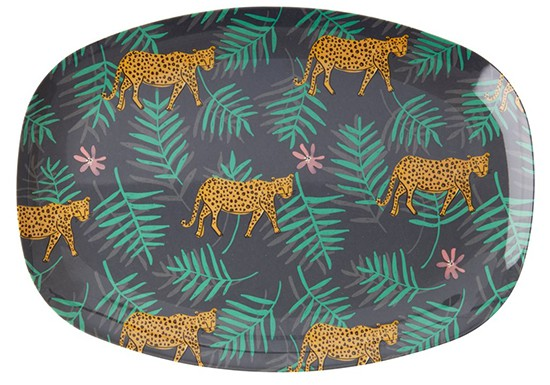 Plateau Leopard and leaves