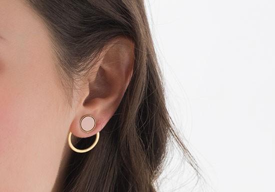 Boucles d'oreilles Silhouette (coloris au choix)