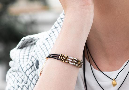 Bracelet Noir (coloris au choix)