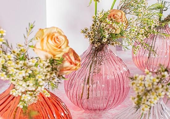 Vase verre rose